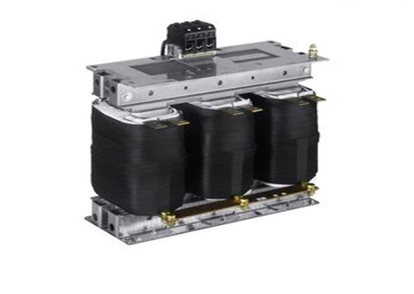 Сверхединичный трансформатор
