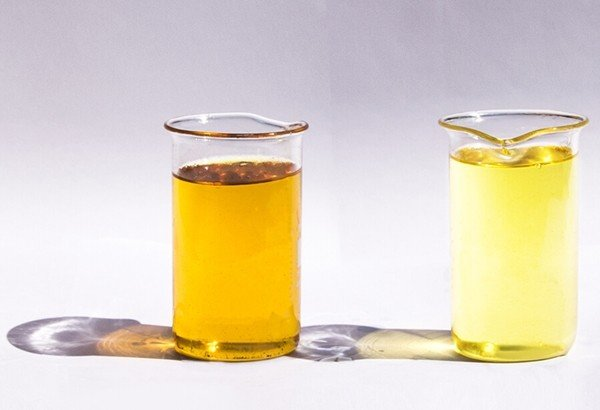 Два вида масла трансформатора