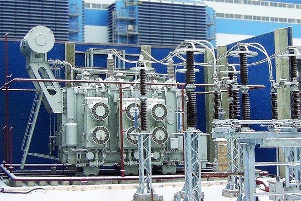 Силовой трансформатор на производстве