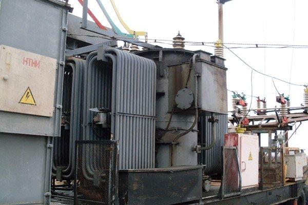 Трансформатор тяговой на заводе
